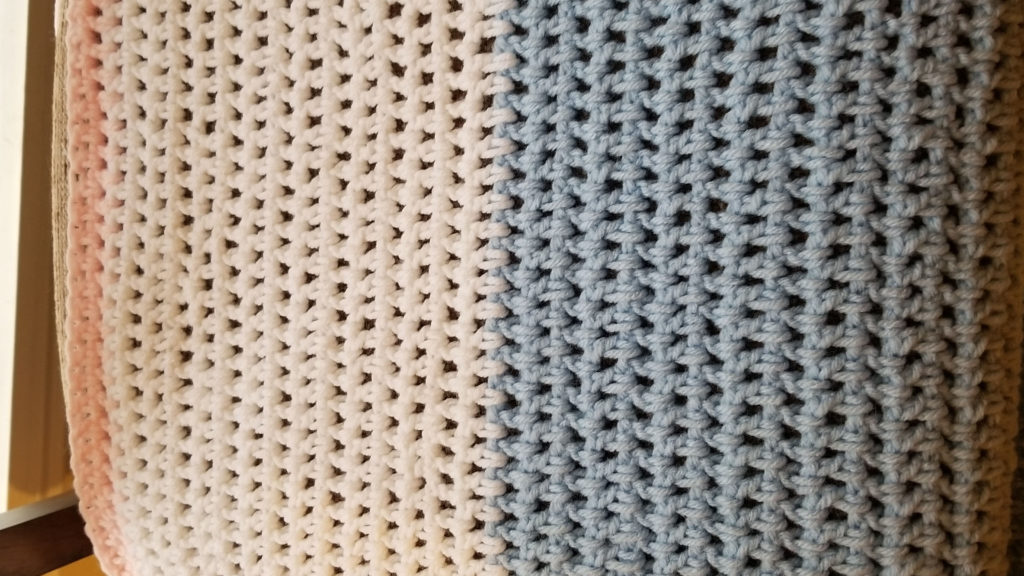 Want to learn how to crochet? Beginners crochet, with video tutorials, make a double stitch throw